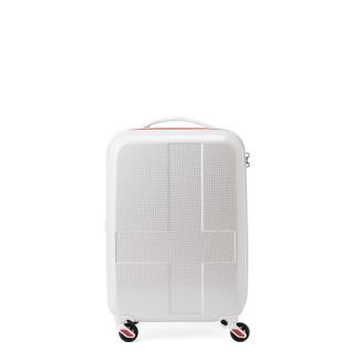 [1-3泊] イノベーター 38L ホワイトクロスカーボン 4輪 innovator